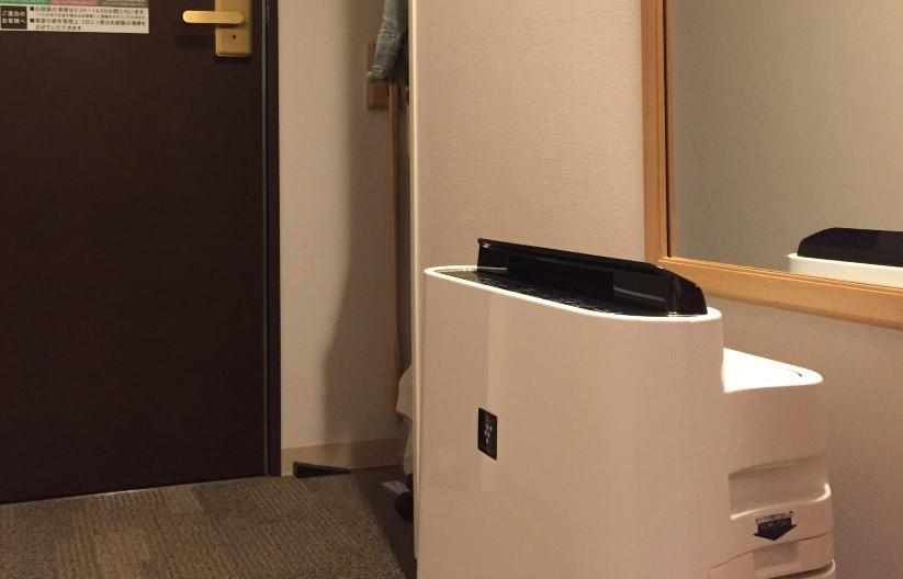 リッチモンドホテル浜松の部屋にあった空気清浄機の写真